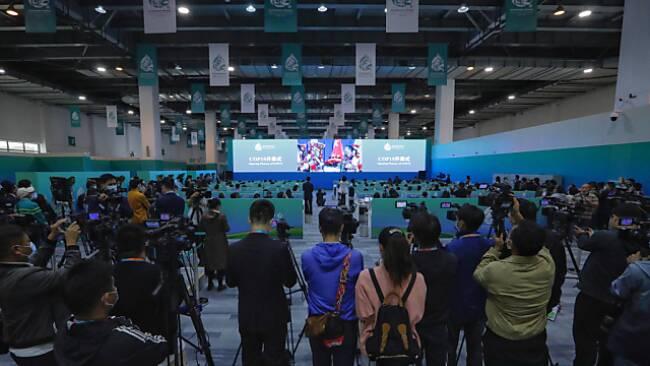 Zahlreiche Medienvertreter bei der Weltnaturkonfernz in Kunming