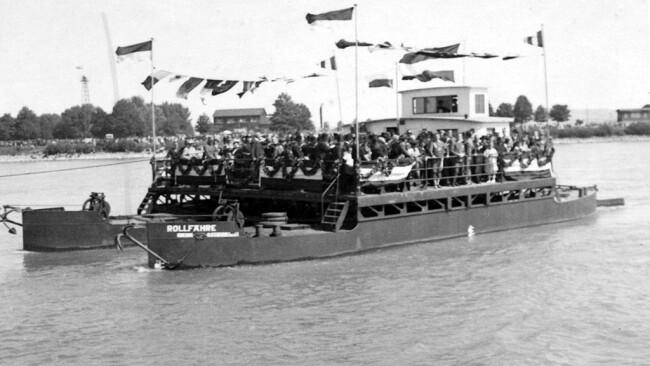 Rollfaehre1935.jpg